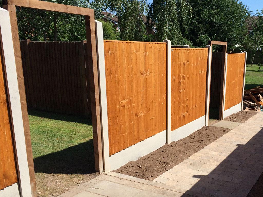Timber Fencing & Decking Kidderminster, Worcestershire - ILPD