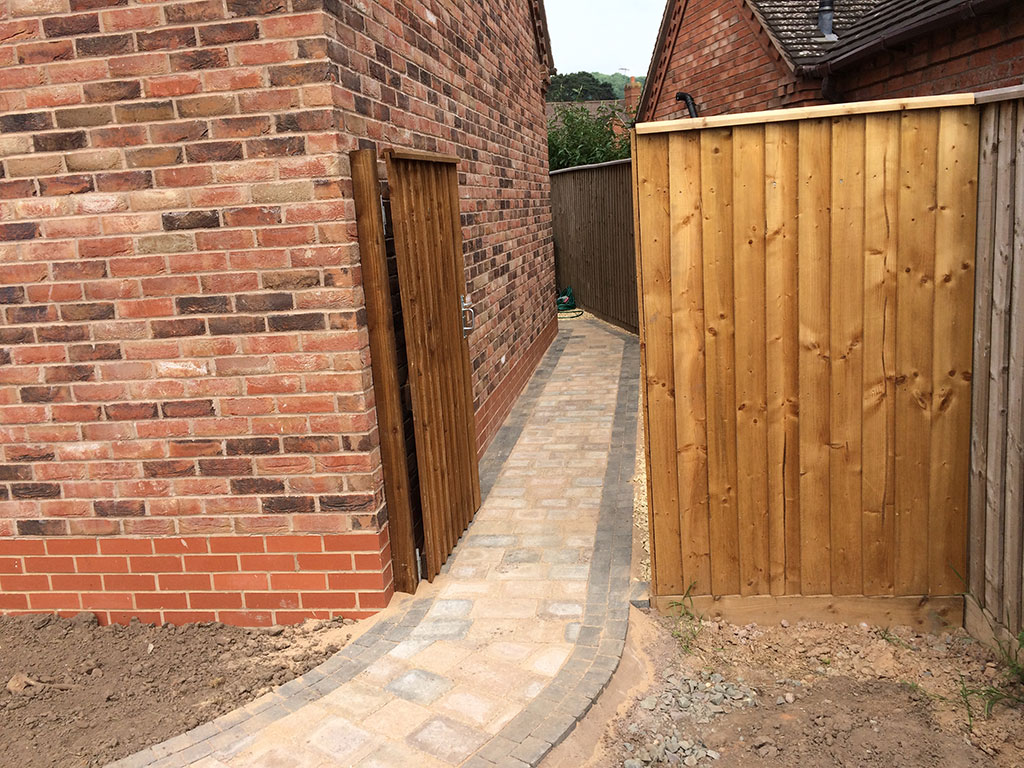Timber Fencing Amp Decking Kidderminster Worcestershire Ilpd